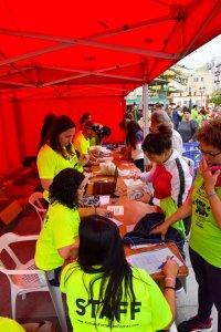Entrega de camisetas Carrera Autismo La Palma