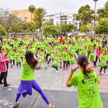 Calentando para II Carrera Autismo La Palma